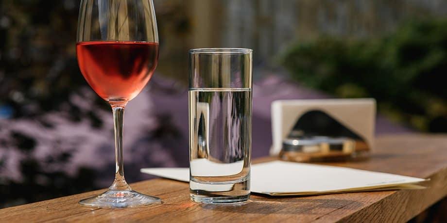 Das richtige Wasser zum Wein