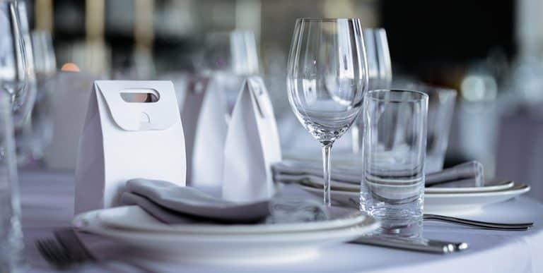 Tisch-Etikette: Das ideale Wasserglas